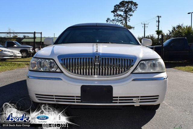 Pre Owned 2005 Lincoln Town Car Executive 4d Sedan In North Palatka