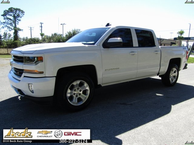 Pre Owned 2017 Chevrolet Silverado 1500 Lt 4d Crew Cab In North